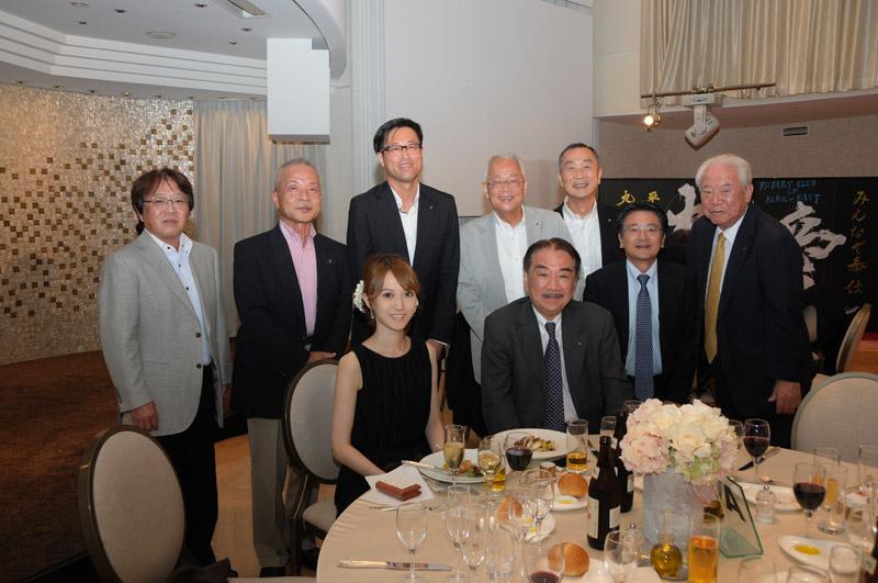 書道家安田舞さんと共に第1回会員親睦会を開催しました
